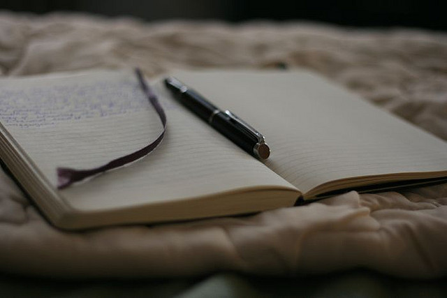 writinginbed.louveciennes.flickr